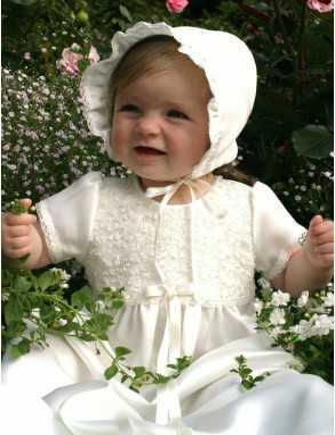Dopklänning i off white spets för flickor