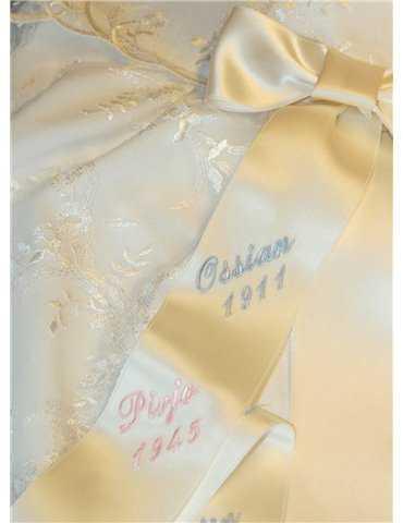 Dopklänning med dophätta för killars dopdag