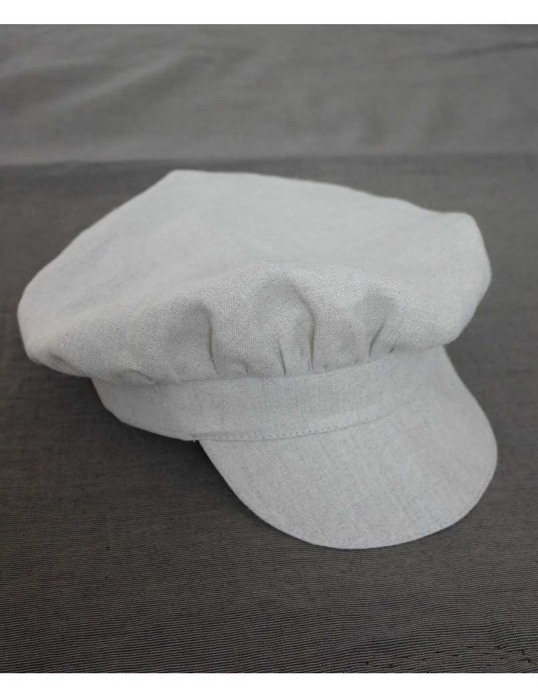 Dopkläder med busig keps
